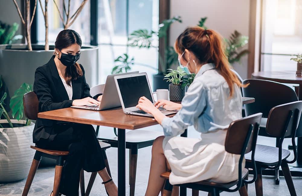 Los espacios en las oficinas modernas deben compartirse con pocas personas Vallejo Properties